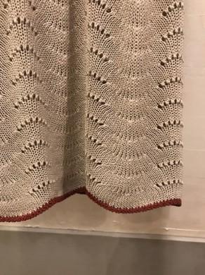 スカート 裾
